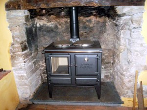 This is the Esse Ironheart The customer wanted a woodburner that she could cook on in addition to the Aga in their Kitchen. This ticked the boxes.
